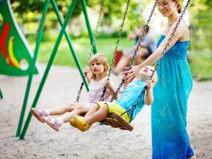 bench-free-parks-for-active-parents